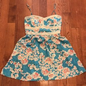 Dresses & Skirts - 🌺 New without tags XL JUNIOR DRESS